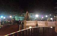 Μια επιτυχημένη γιορτή το άναμμα του Χριστουγεννιάτικου δέντρου στην κεντρική πλατεία Σερβίων