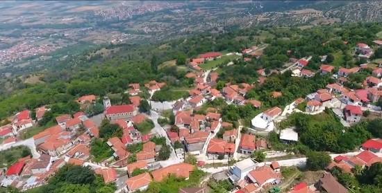 Η Παλιά Καστανιά των Σερβίων από ψηλά [video Tovoion Tv]