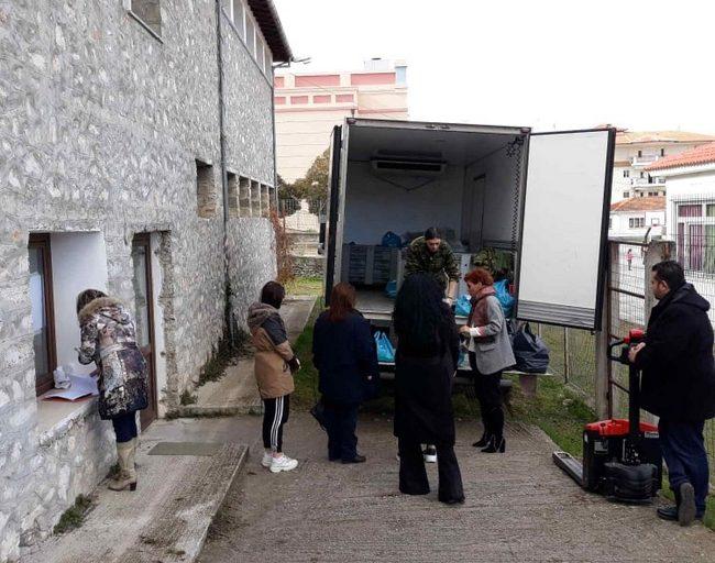 Πραγματοποιήθηκε η διανομή τροφίμων (ΤΕΒΑ) στα Σέρβια
