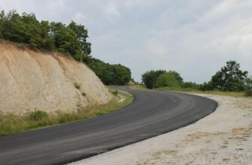 Σε εξέλιξη το έργο συντήρησης της επαρχιακής οδού από το Προσήλιο μέχρι την Ελάτη